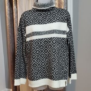 NWT Cable&gauge  sweater size M